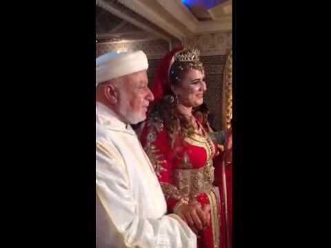 بالفيديو عجوز يتزوج من فتاة في العشرينات من عمرها >> شاهد ردة فعلها امام الاهل