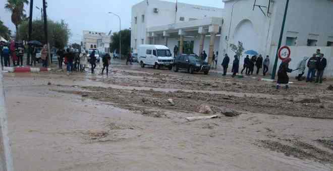 ساعات من الجحيم في مدينة مولاي ادريس زرهون بسبب الفيضانات