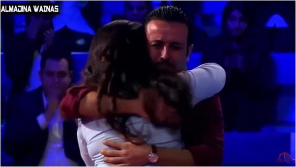 مغربية تجعل الجمهور يبكي ومواجهة صعبة لها مع اخيها في برنامج المسامح كريم