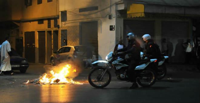 بالصور .. نيران عاشوراء تستنفر أمن الدار البيضاء