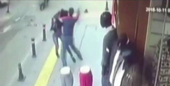 فيديو.. زوج سابق يقتل طليقته طعناً في اسطنبول