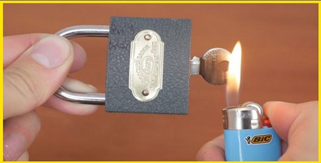 بالفيديو.. طريقة فتح اي قفل بدون مفتاح بطريقة بسيطة جدا