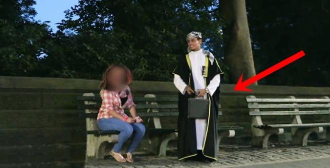 طلب رقمها فرفضت ثم اكتشفت أنه من أغنى شباب العرب .. لكن ما فعله معها لن تنساه!