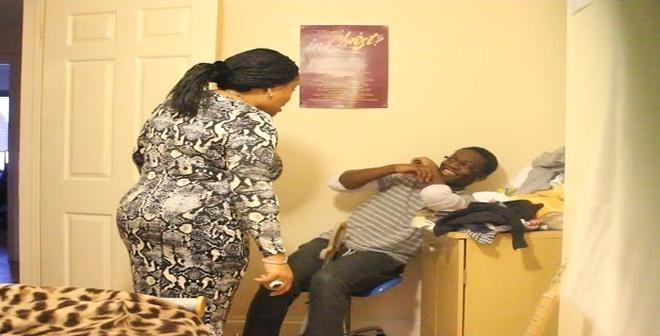 أخبر أمه بأن صديقته حامل منه من 3 أشهر..شاهد ردة فعلها