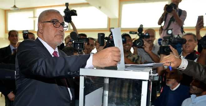 بنكيران يلمح لفوز العدالة والتنمية: اكتسحنا دوائر عديدة والفضل للشعب المغربي