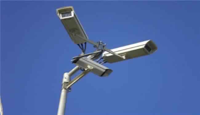 كاميرات مراقبة جديدة بمفترقات طرق البيضاء لتحسين حركة السير