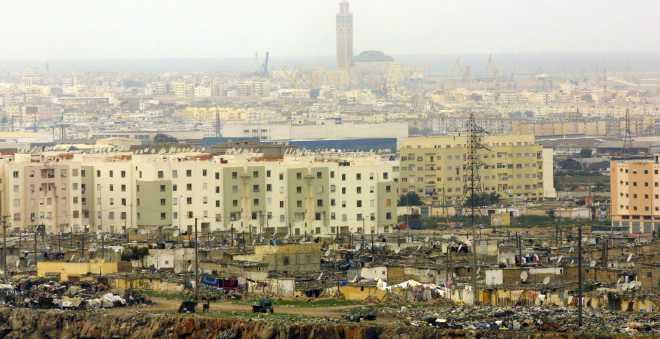 البعوض يغزو أحد أكبر الأحياء في العاصمة الاقتصادية