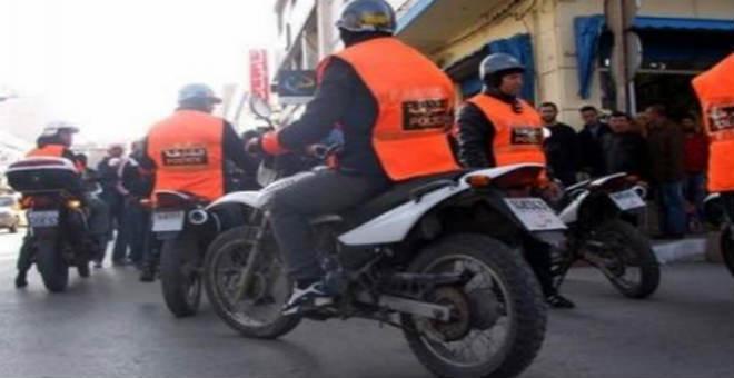 مطاردة هوليودية تنتهي بحادث سير وتقود رجل أمن إلى المستشفى