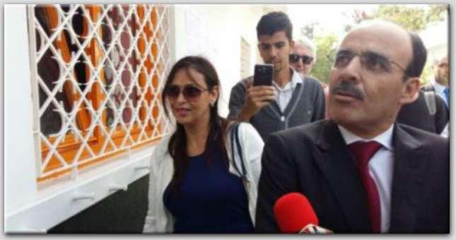 ردا على بنكيران..العماري يصحب زوجته  للتصويت