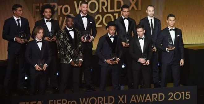الفيفا يكشف تفاصيل جائزة أفضل لاعب
