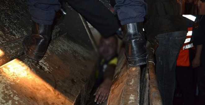 هكذا خاطب عامل الحسيمة المحتجين على مقتل بائع السمك!