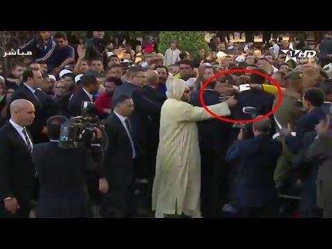 شاهد ماذا فعل الملك محمد السادس عندما حاول مواطن إعطائه رسالة أمام البرلمان