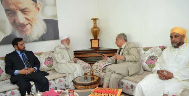 سابقة.. حزب النهضة والفضيلة يعد المغاربة بتسوية ملف جماعة العدل والإحسان