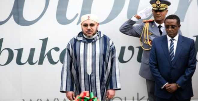 الملك محمد السادس يزور النصب التذكاري لضحايا الإبادة الجماعية الرواندية