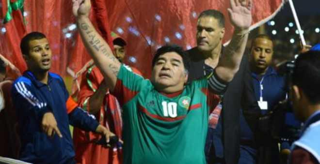مارادونا ونجوم الكرة العالمية في العيون المغربية