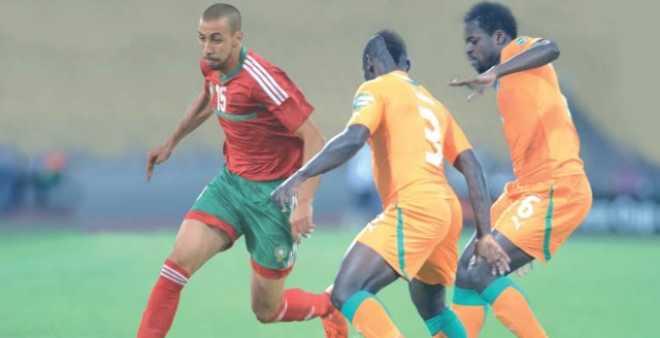 الفيفا يختار حكم لقاء المغرب أمام ساحل العاج
