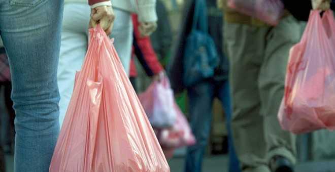 الأكياس البلاستيكية.. القبض على ثاني شخص بسبب حيازتها في إقليم النواصر