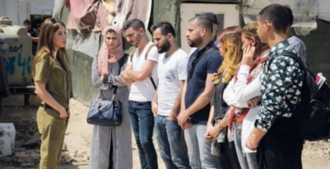 بالفيديو.. وعلى خطى أنجيلينا جولي.. نانسي عجرم تزور مخيما للاجئين السوريين