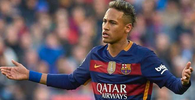رسميا.. نيمار يجدد عقده مع برشلونة