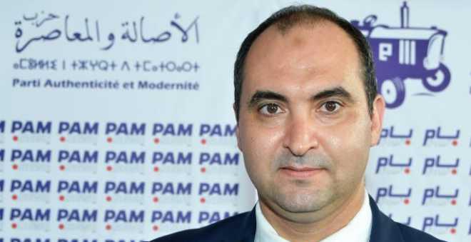 فيديو.. اعتداء مقرقب على بوليسي وسياح أجانب بساحة مسجد الحسن الثاني