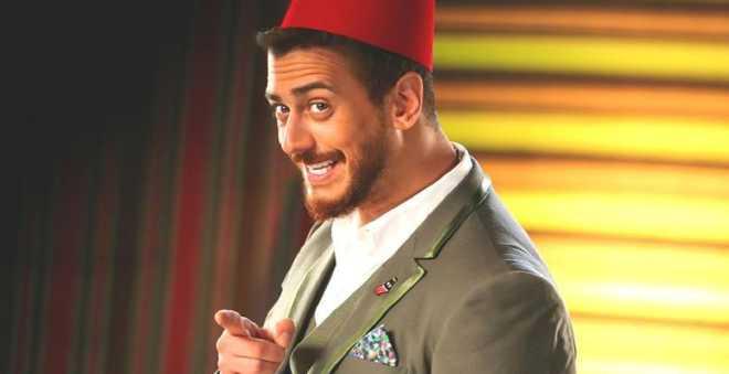 بالفيديو.. بعد خروجه من السجن سعد لمجرد يفوز بجائزة الموسيقى العربية بلبنان !!