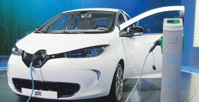 المغرب يستعد لدخول زمن السيارات الكهربائية انطلاقا من قمة مراكش