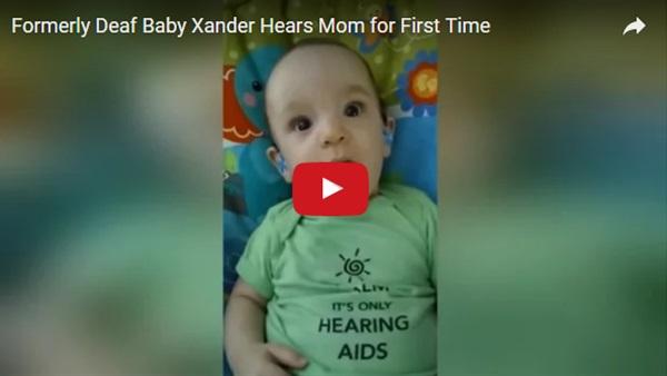 فيديو مدهش لطفل أصم يسمع صوت والدته لأول مرة !!