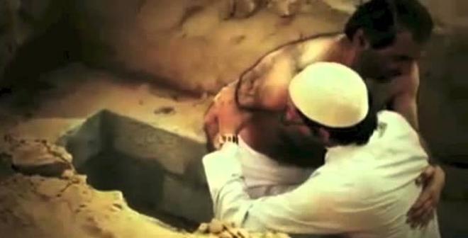 شيخ إماراتي دفنوه وهو حي .. شاهد ماذا وقع له يوم أخرجوه من القبر
