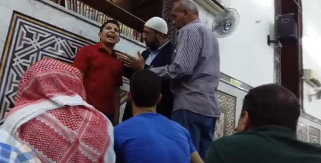 فيديو.. خطبة الطفل عبد العزيز الصيفي بالمسجد رغم محاولات إسكاته