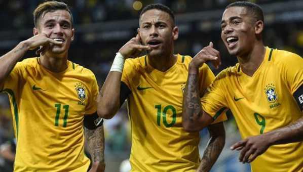 منتخب البرازيل يسحق الأرجنتين بثلاثية