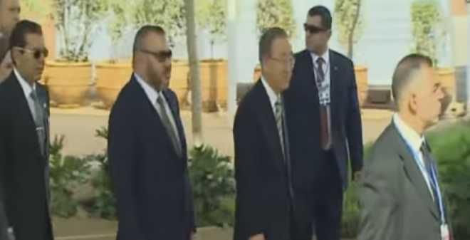 الملك محمد السادس يصل إلى مكان تنظيم مؤتمر كوب 22 بمراكش