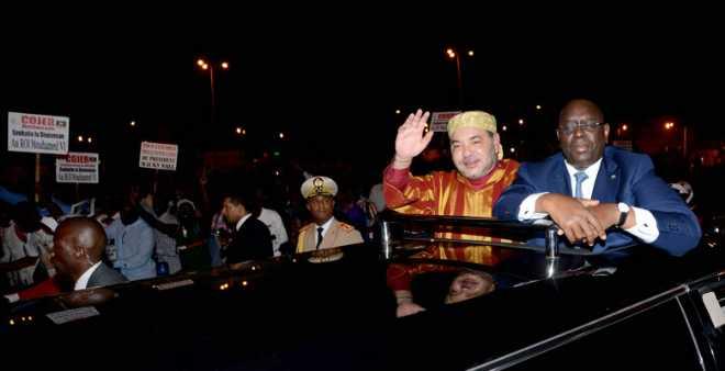 الملك محمد السادس يحل بدكار في زيارة رسمية
