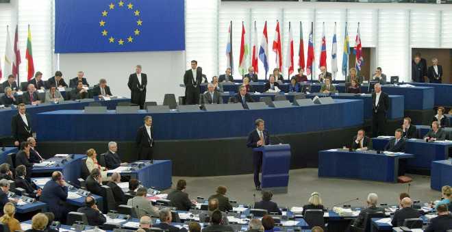 الدعوات تتكثف في البرلمان الأوروبي لمساعدة سكان حلب