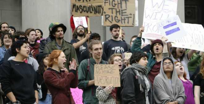 أمريكا: استمرار المظاهرات ضد دونالد ترامب لليوم الخامس