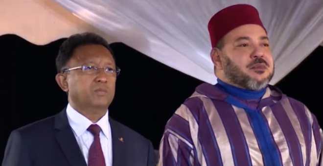 أول أنشطة الملك بمدغشقر.. مباحثات وتبادل هدايا وتوقيع اتفاقيات