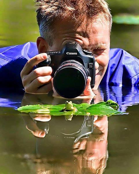 معاناة المصورين