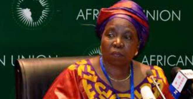 صحف الصباح:مفوضية الاتحاد الإفريقي متواطئة في ترحيل المهاجرين الأفارقة من الجزائر