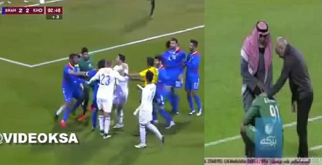 فيديو.. حارس قطري يشتبك مع منافسه ووالده ينزل الملعب لتهدئته