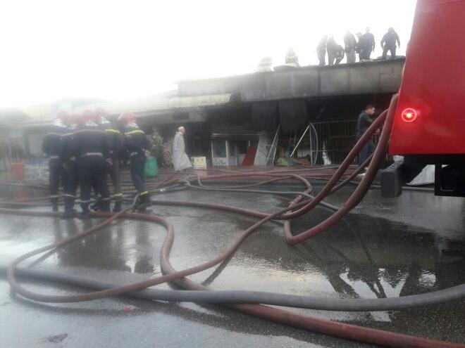 بالصور.. حريق مهول بقيسارية الحي المحمدي والخسائر كبيرة