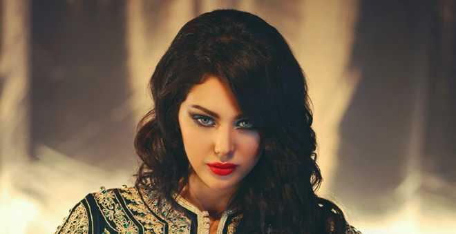 بالصور.. ابتسام تسكت تدخل غمار أول تجربة لها في ميدان التمثيل !!