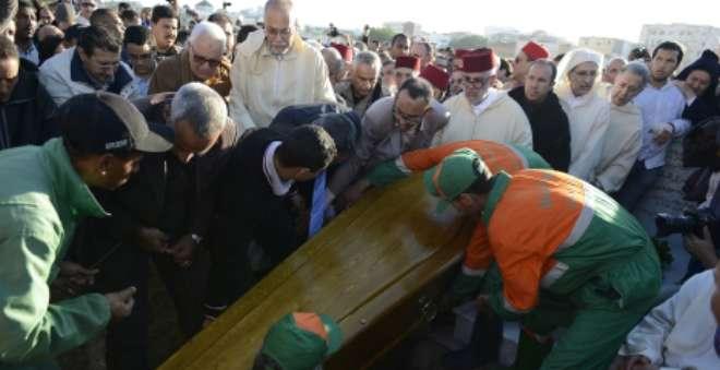 تشييع جثمان والدة بنكيران إلى مثواها الأخير في مقبرة الشهداء بالرباط