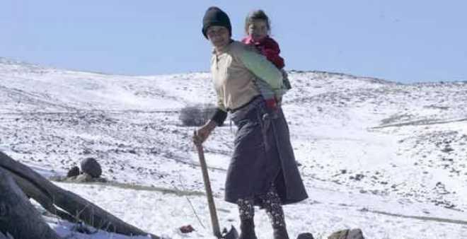سكان إملشيل يطالبون بتأمين الخدمات الصحية لتجنب محنة التنقل
