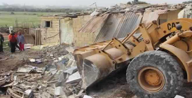 السلطات المحلية تهدم ما يقارب 40 مسكنا عشوائيا بإقليم الجديدة