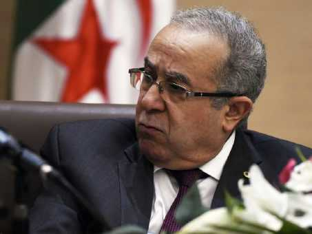 الجزائر ترغب في حل خلافاتها مع المغرب