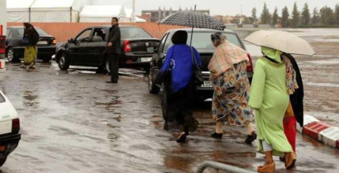 طقس: أمطار رعدية وتساقطات ثلجية في هذه المناطق