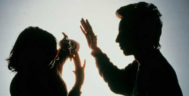 مغربيات يدعين تعرضهن للعنف لضمان الإقامة في إسبانيا