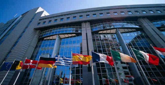 إسبانيا فخورة بالانتماء الأوربي..  أخرجها من العزلة وضمن لها الاستقرار