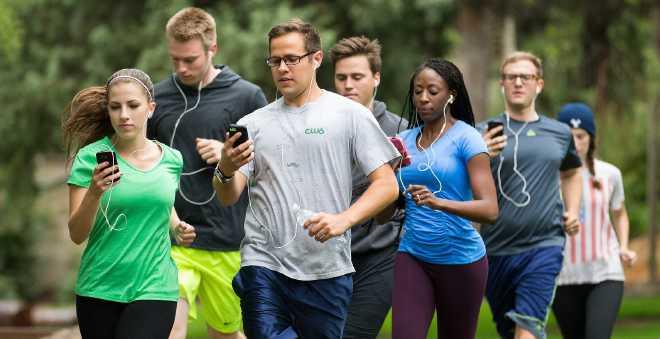 إليك 6 تطبيقات تساعدك على ممارسة الرياضة لتحصل على جسم مثالي !!!