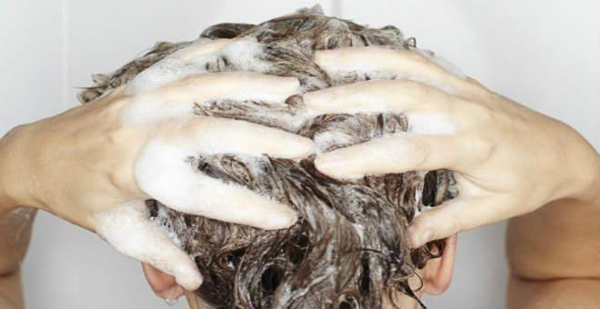 جربي بدائل طبيعية للشامبو لغسل الشعر ولاحظي الفرق!!