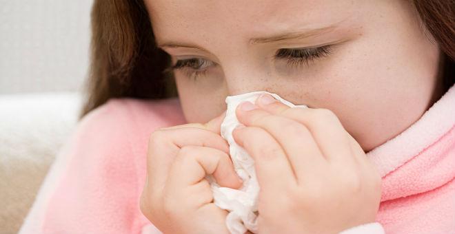 علامات تجعلك تميِز بين نزلة البرد والإنفلونزا